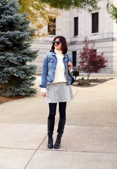 Basic Fall Outfit, What to wear with a jean jacket, Cream turtleneck, Cute Fall Outfit, Tom Ford Black Dahila Lipstick