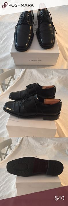 Men's Calvin Klein Hamilton II Box Calf Black calf leather lace up dress shoes.  Very good condition.  Practically new.  Sold with shoe stretcher. Calvin Klein Shoes