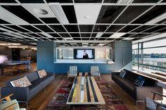 HASSELL designed the interior of the Leo Burnett advertising agency office in Sydney, Australia.