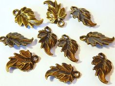 10x Leaf Connector Charms  Antique Bronze by MURPHYSTREASURES