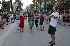 https://flic.kr/p/znCupq   Dancing in the street ..   Festa Mayor 2014, Sitges, Spain