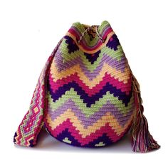 Marvelous Crochet A Shell Stitch Purse Bag Ideas. Wonderful Crochet A Shell Stitch Purse Bag Ideas. Crochet Shell Stitch, Crochet Stitches, Crochet Handbags, Crochet Bags, Gifts For Young Women, Crochet Designs, Crochet Ideas, Tapestry Crochet Patterns, Purse Patterns
