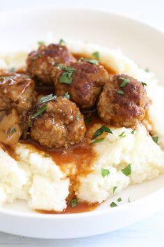These beefy meatballs are cooked in a mushroom gravy and lightened up by using half ground turkey and half lean ground beef. Kid-friendly, comforting and delicious! Make them in the…