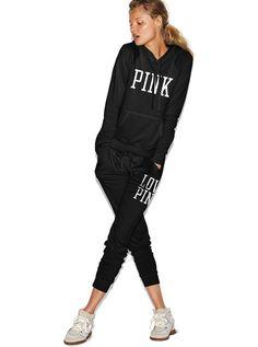 Magdalena Frąckowiak w sesji do katalogu Victoria's Secret Pink fot. VS Pink