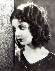 1929 Loretta Young Possibly the most beautiful woman ever to grace Hollywood. It's a pity so few people have seen her in her prime.