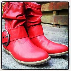 I want these boots!!!!!!!!