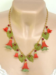 Red and Green Lucite Flower #Necklace #Christmas Holiday Long Handmade - Blonde Peach Jewelry @stroncalli