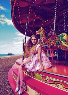 ballad of magazine #girl #magazine #merry go round