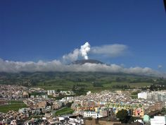 Galeras Volcano taken from community of Pasto, Colombia. Philippines, Colombia Travel, Active Volcano, South America, Cool Pictures, Dolores Park, National Parks, Places To Visit, Adventure