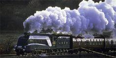 The Mallard - Art Deco speed machine Mallard Train, Severn Valley, Flying Scotsman, Railway Museum, Steam Engine, Steam Locomotive, A4, Art Deco, England