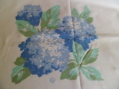 "Vintage Rosemary Prints Tablecloth~Large Blue Hydrangeas Jadeite Leaves~60 x 77"" by PleasantDaysVintage on Etsy"