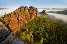 Schrammsteine - Photographs of the Saxon Switzerland. Mountain High, Stunning View, Travel Photographer, Switzerland, Places To See, Landscape Photography, Beautiful Places, To Go, Earth