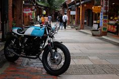 The massive South-Asian bike market might redefine custom motorcycle world too, and thisYamaha SR150 Meo by Angerhaus Designs is a perfect example why.