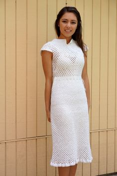Vintage 40s  crochet dress// Heavy crochet work// white// beach wedding on Etsy, $250.00