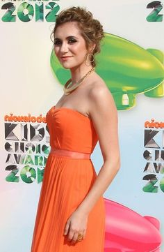 Alyson Stoner wears her hair in an elegant wedding appropriate curly hairstyle. Photo courtesy WENN