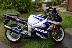 My Favorite Suzuki Gsxr 1000, Honda, Motorcycle, Urban, My Favorite Things, Vehicles, Fun, Motorcycles, Car