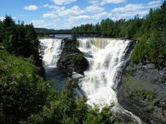 Kakabeka Falls, Thunder Bay 14 Natural Wonders You Won't Believe Are In Ontario Places To Travel, Places To See, Travel Destinations, Ontario Parks, Canada Ontario, Ontario Travel, Outdoor Pictures, Canada Travel, Countries Of The World