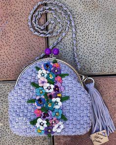 Gullu kaslyok canta #bag #ctochet #naradan #knitting #instagood