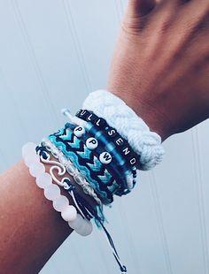 Beaded bracelets diy - Ocean Lovers VSCO Bracelets (Set Of – Beaded bracelets diy Bracelets Diy, Bracelets Design, Summer Bracelets, Bracelet Set, Bracelet Making, Charm Bracelets, Friendship Bracelets With Beads, Handmade Bracelets, Stacking Bracelets