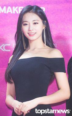 190115 The Seoul Music Awards (서울가요대상) Nayeon, Kpop Girl Groups, Korean Girl Groups, Kpop Girls, Twice Tzuyu, Jihyo Twice, Seoul Music Awards, Dahyun, Beautiful Asian Girls