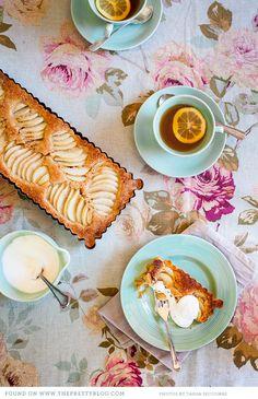 Crustless Pear and Almond Tart   Photo: @Tasha Seccombe , Preparation: Ilse van der Merwe