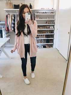 clothes for women,casual outfits,base layer clothing,casual outfits Early Spring Outfits, Fall Winter Outfits, Winter Fashion, Winter Outfits For Ladies, Church Outfit Winter, Casual Winter, Casual Summer, Trendy Outfits, Cute Outfits