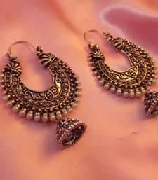 Get that perfect ethnic wear look with these royally elegant jhumkas. #earrings