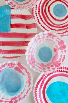 4th of July watercolor crafts. Fun for the little ones.