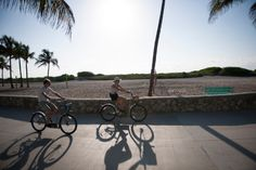 Découvrez cette ville très active, entre sport, fête et détente. Miami répond aux critères de tous les voyageurs. Poursuivez avec extension sur les Keys. © 2014. All Rights Reserved - Office du tourisme de Miami. www.ilesparelles.fr