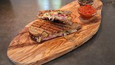 Luxe tosti met tomaten- en paddenstoelenketchup - recept | 24Kitchen