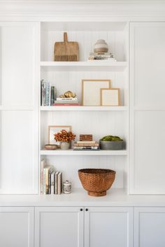 Home Decor Inspiration how to fix your small space design mistakes.Home Decor Inspiration how to fix your small space design mistakes Home Decor Accessories, Cheap Home Decor, Home Remodeling, Interior, Shelf Decor, Small Space Design, Amber Interiors, Home Decor, House Interior