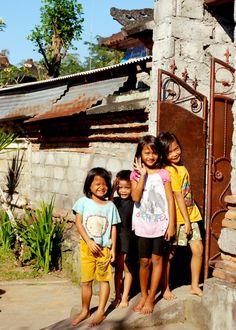bali :) Happy Children!