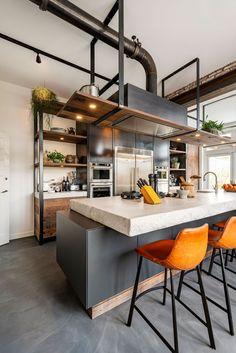 Loft Kitchen, Green Kitchen, Home Decor Kitchen, Kitchen Interior, New Kitchen, Industrial Kitchen Design, Modern Kitchen Design, Rustic Kitchen, Apartment Floor Plans