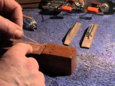 How to earth (ground) the strings on a cigar box guitar. - Cigar Box Nation