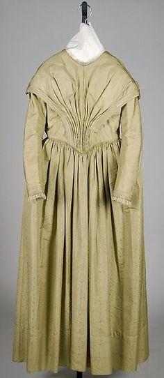 Dress    American     c 1845