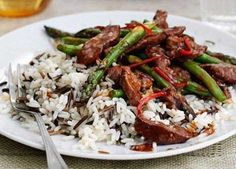 Get your daily meat and two veg in this super-healthy Chinese Asparagus Stir Fry, Asparagus Recipe, Stir Fry Recipes, Beef Recipes, Beef Rendang Recipe, Healthy Chinese Recipes, Leftover Roast Beef, Sainsburys Recipes, Steak Dishes