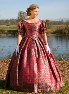 The General's Lady: Ladies' Fashions of the Civil War Era