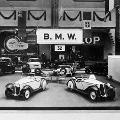 Even classics had a premiere once upon a time. The #BMW 315/1 at its debut at the IAA. @bmwclassic by bmw