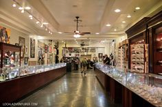 Pawn+Stars+Gold+and+Silver+Pawn+Shop+(Ultimate+Las+Vegas+Bucket+List).