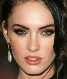 photo megan-fox-makeup-04_zps61066adc.jpg