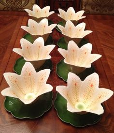 I. GODINGER & Co Sculpted Lilies Bowls With Green Lily Pad Plate~SET OF 8 #IGODINGERCo