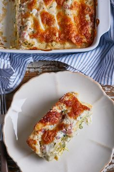 Brokkolis-sajtos cannelloni | Street Kitchen Chicken Snacks, Chicken Recipes, Gourmet Recipes, Healthy Recipes, Mozzarella, Lasagna, Food Print, Quiche, Bacon