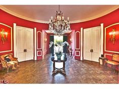 Zsa Zsa Gabor's entry hall
