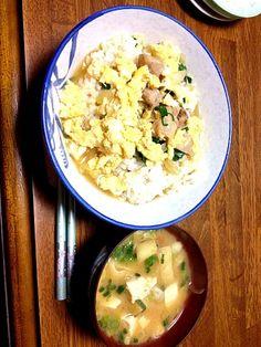ん~♡ - 0件のもぐもぐ - 親子丼♡みそ汁 by kimun