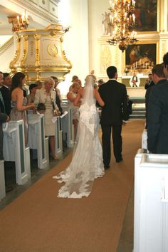 Bröllop - Vacker brudslöja.     Wedding - Lace wedding dress