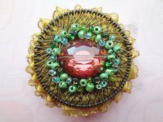 Beaded Brooch  Red Green Gold Wire Brooch  Circle by Kostimusha, $25.00 Beaded Brooch, Crochet Earrings, Green And Gold, Red Green, Gold Wire, Gta, Jewelry, Jewlery, Bijoux