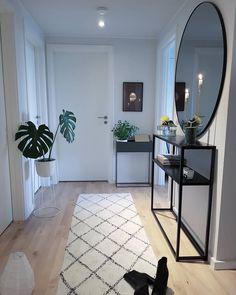 Home Living Room, Living Room Designs, Living Room Decor, Bedroom Decor, Design Bedroom, Bedroom Ideas, Flur Design, House Entrance, Entrance Halls
