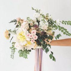 For Laura & James . . . . #ccweddings #corcortez #weddingflowers #bridalbouquet #weddingflorist #underthefloralspell #weddinginberlin #handtiedbouquet #weddingribbon #gardeninspired #brautstrauss #fineartcuration #hochzeitsblumen #weddingwednesday