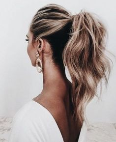 KEEP IT TAILORED…. This look is for the fashion forward bride! Never has a ponytail looked so cool, and have now taken a modern turn.