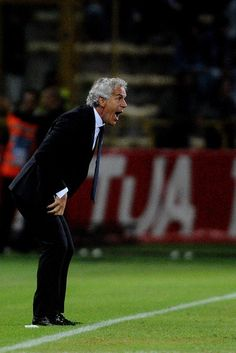 Roberto Donadoni head coach of Bologna FC reacts during the Serie A match between Bolgna FC and SSC Napoli at Stadio Renato Dall'Ara on September 10, 2017 in Bologna, Italy..2:10
